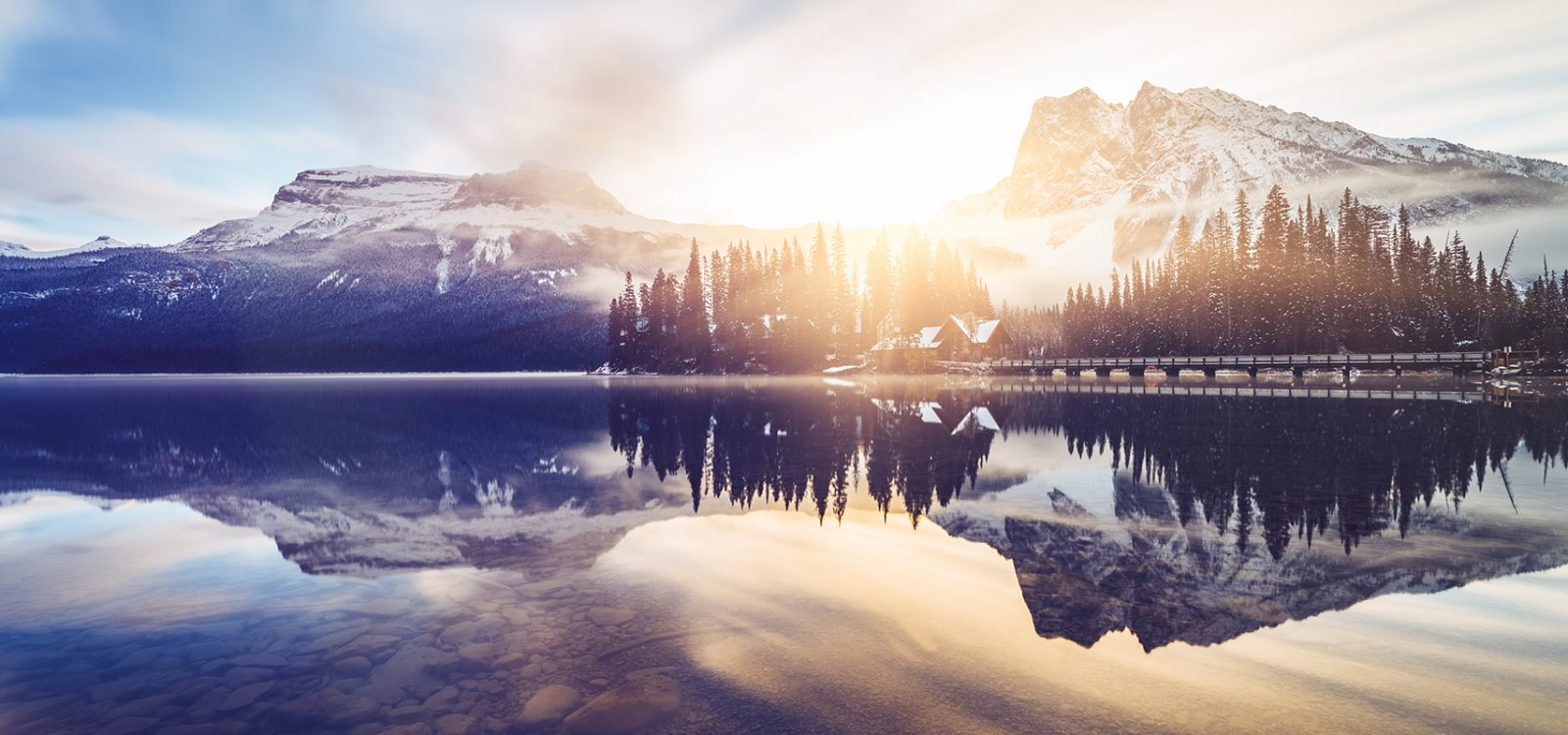 Scenic view of mountains at Emerald Lake